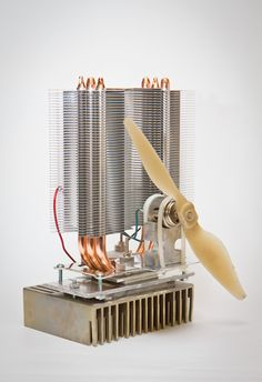 The fan gets its power from a peltier element that is used in reverse, i. it is generating electricity from the heat given off from the stove top. Thermoelectric Generator, Thermoelectric Cooling, Diy Wood Stove, Wood Pellet Stoves, Stove Fan, Gas Stove, Heat Fan, Diy Fan, Lord