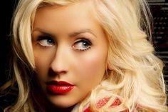 Christina Aguilera - German, Irish, Welsh, Dutch and Ecuadorian (american)