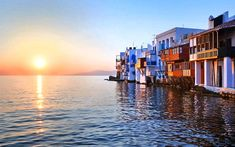 Join me on this picturesque walk through Mykonos town. Mykonos is known for its party vibe, beautiful beaches and LGTB welcoming ambiance. The clip Santorini, Mykonos Town, Venice Wallpaper, Greece Wallpaper, Beach Wallpaper, Hd Wallpaper, Greek Islands To Visit, Best Greek Islands, Beautiful Sunset