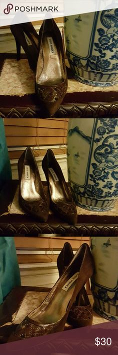 🍃💗🌸🍃💗🌸🍃STEVE MADDEN HIGH HEEL🍃🌸💗🍃🌸💗🍃 pre-owned and selling as I paid for them. Beautiful they are, chic, brown suede, I think m, only on the suede . it's will fit a small 7 as u asked to others. I'm trying  to show how these beautiful  shoes can get any better. the material is a sueded feel.equipment..shoes are a size 7 but fits more like a 6 or 6.5. very  very sexy after they're on...I just.cannot wear heel Sue to my 2 back surgeries ! Steve Madden Shoes Sneakers