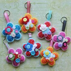 Sew Sweet - Flower keyring