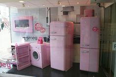 Pink SMEG For The Cure - Look at this amazing kitchen set from Smeg. I'd love this!