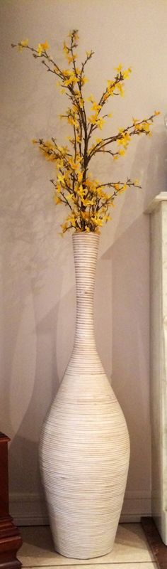 The great thing about a floor vase is that you can change the floral arrangements according to season or holiday. This yellow floral arrangement is perfect for spring and summer, adds color to living space. Large Flower Arrangements, Vase Arrangements, Vase Centerpieces, Vases Decor, Flower Vases, Large Floor Vase, Tall Floor Vases, Floor Vase Decor, Dollar Tree Decor