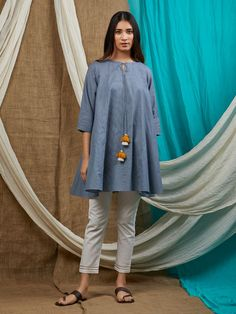 Blue Cotton Flared Tunic Stylish Dresses For Girls, Stylish Dress Designs, Designs For Dresses, Simple Dresses, Simple Pakistani Dresses, Pakistani Dress Design, Pakistani Kurta Designs, Pakistani Bridal, Tunic Designs
