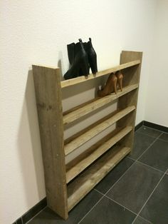 zelfgemaakt steigerhouten schoenenrek