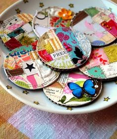 love this idea, diy scrap book paper magnets. would be fun to make as friend gifts with words on them