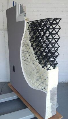 Un equipo de arquitectos en Chicago propuso una casa hecha de de paneles con plástico y fibra de carbono impresos en 3D envueltos alrededor de muros de cristal con la que ganaron un concurso.