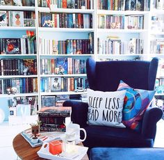 Love, love, love this reading nook!