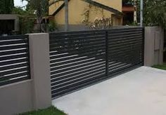 5 Robust Tips: Garden Fence Decorating Ideas Fencing Ideas On A Budget.Wooden Fence On Metal Posts Modern Fence And Gate Design Philippines. Garden Fence Panels, Lattice Fence, Front Yard Fence, Fenced In Yard, Fence Plants, Front Gates, Brick Fence, Wooden Fence, Brick Wall