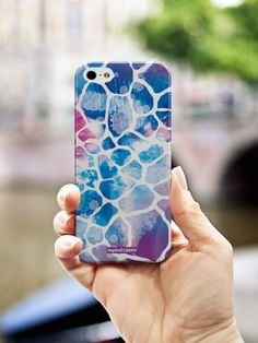Use this pattern as an inspiration to design your own personalised phone case at GoCustomized.com!