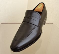 Magnanni Men´s Shoes Clothing and accessories VTG and Pre-loved Visit our website: www.luxuryandvintagemadrid.com