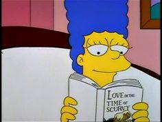 Marge leyendo El amor en los tiempos del cólera