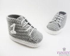 Crochet Baby SneakersCrochet Baby Shoes Blue Baby by Yunisiya