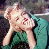 The Beautiful Reason Marilyn Monroe Had Red Roses Placed on Her Grave For 20 Years