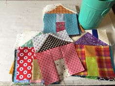 A Quilting Life - a quilt blog: House Quilts