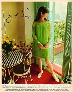 Linda Morand for Jonathan Logan 60s And 70s Fashion, Teen Fashion, Fashion Brand, Retro Fashion, Vintage Fashion, Vintage Style, 1960s Style, Club Fashion, Fashion Guide
