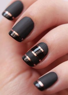 Glossy and Matte Combination Nails Design
