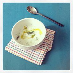 Sopa Gelada de Pepino com Iogurte e Dill - Dadivosa