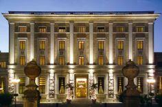 Domus-Mariae-Palazzo-Carpegna-Hotel-Rome-Hotel-Exterior