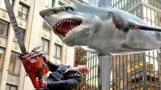 """""""Sharknado 4"""": Wirf die Kettensäge an die Haie fliegen wieder - http://ift.tt/2axLicQ"""