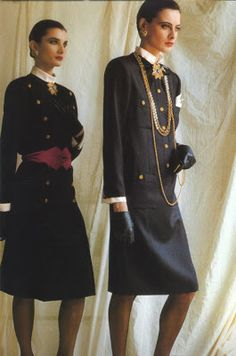 Ines de la fressange - CHANEL MILITARY DRESS