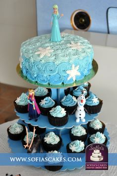 How To Make Sparkly Snowflake Cupcakes Themed cupcakes