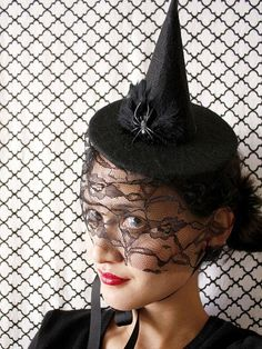 Elegant Halloween Hat-ettes : Page 03 : Decorating : Home & Garden Television