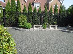 backyard design – Gardening Tips Front Garden Ideas Driveway, Driveway Entrance Landscaping, Courtyard Landscaping, Front Yard Fence, Front Yard Landscaping, Fence Ideas, Landscaping Ideas, Resin Driveway, Diy Driveway
