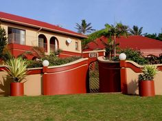 Bella Marlichelle Villa - Bella Marlichelle Villa is located in Ramsgate, a small village next to the larger Margate area and near to a selection of the most beautiful beaches in Southern Africa.  The villa offers all the comforts ... #weekendgetaways #margate #southcoast #southafrica