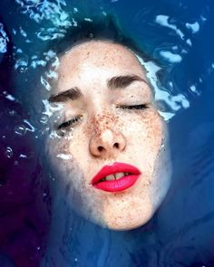 Beautiful Faces Portraits in Water – Fubiz Media