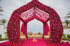 Are you looking for the perfect inspiration for your mandap decor? Let us enlighten you with some amazing mandap decor designs for 2020 weddings Wedding Hall Decorations, Desi Wedding Decor, Wedding Entrance, Wedding Venues Beach, Wedding Mandap, Wedding Lounge, Wedding Reception, Destination Wedding, Mandap Design