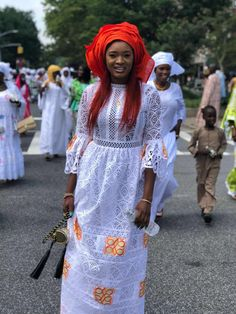 Pin by Nour on Modeles habits in 2019 Latest African Fashion Dresses, African Dresses For Women, African Print Fashion, Africa Fashion, African Wedding Attire, African Attire, African Wear, African Blouses, African Lace