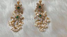 Chand Bali Earrings Gold, Gold Jhumka Earrings, Indian Jewelry Earrings, Silver Jewellery Indian, Jewelry Design Earrings, Gold Earrings Designs, Gold Jewellery Design, Pearl Jewelry, Silver Wedding Jewelry