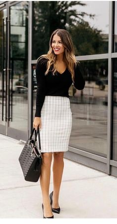 40 Trendy Work Attire & Office Outfits For Business Women Classy Workwear for Pr. - 40 Trendy Work Attire & Office Outfits For Business Women Classy Workwear for Professional Look – - Casual Work Outfits, Mode Outfits, Work Casual, Classy Outfits, Fashion Outfits, Outfit Work, Fashion Ideas, White Outfits, Business Casual Outfits For Women