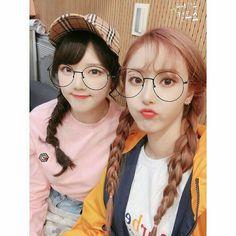 Yerin and Sinb Sinb Gfriend, Gfriend Sowon, Extended Play, Korean Group, Korean Girl Groups, Otp, Kim Ye Won, Nayeon Twice, Red Velvet Seulgi