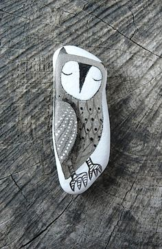 Large Beach Glass Owl by LillaJizo on Etsy, $77.00