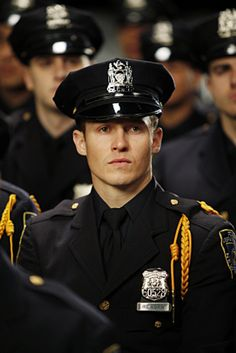 Will Estes.... He's just so darn handsome!!'