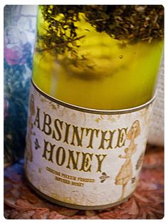 absinthe honey - infused gourmet honey made w/ wormwood, licorice, spearmint, star anise and love - 8 oz bottle of green fairy honey - oh nellie