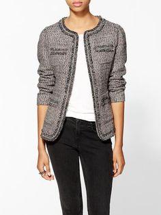 Larkin Tattered Tweed Jacket, aprovechando que es el cumpleaños de la chaqueta Chanel.
