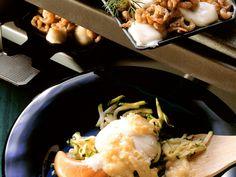 Raclette mit Fisch und Frutti di mare - smarter - Zeit: 40 Min. | eatsmarter.de