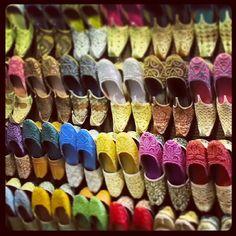 Dubain soukeihin kannattaa suunnata tuliaisostoksille. #dubai #souk #uae www.finnmatkat.fi