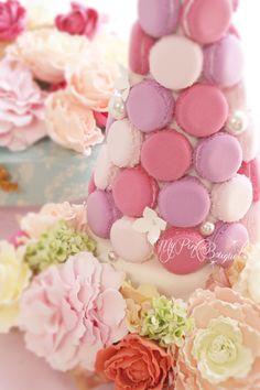 011//マカロンカラー:濃いピンク×紫寄りのピンク×白に近い淡いピンク ガーランド:ブーケとお揃いのカラフルmixカラーで、シャクヤク、ラナンキュラス、ローズなど