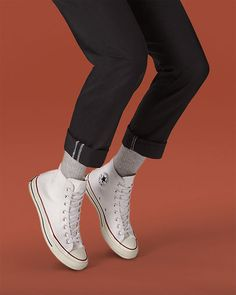 Chuck Taylor All Star: Low & High Top. High Top Converse Outfits, Converse Wedding Shoes, Wedding Sneakers, Converse Shoes, Converse Style, White Converse, Shoes Sneakers, Chuck Taylor Outfit, Black And White Shoes