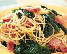 ベーコンとほうれん草のパスタ #recipe Spaghetti, Pasta, Ethnic Recipes, Food, Essen, Noodles, Yemek, Spaghetti Noodles, Ranch Pasta