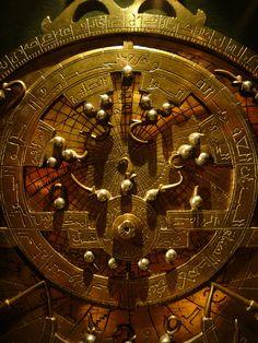 Astrolabio - Ordenador magnífico del ~ Kuriositas Antiguos