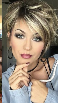 Trending Hairstyles 2019 - Short Layered Hairstyles - Hair and makeup - . - Trending Hairstyles 2019 - Short Layered Hairstyles - Hair and makeup - - Stylish Short Haircuts, Wavy Bob Haircuts, Haircut Short, Short Hairstyles For Women, Long Pixie Hairstyles, Short Layered Haircuts, Hairstyle Short, Popular Hairstyles, Short Stacked Hairstyles