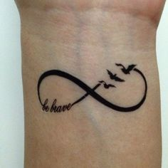 50 Tatouages du signe infini en photos - 18