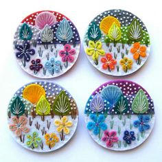 Embroidery Stitches Snowscape Brooches by Applique Originals (Hand Embroidery) Felt Embroidery, Felt Applique, Hand Embroidery Patterns, Embroidery Stitches, Etsy Embroidery, Felt Crafts, Fabric Crafts, Sewing Crafts, Diy Broderie
