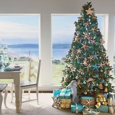 Coastal Living is my favorite magazine for so many reasons–one of them being their plethora of festive sea-inspired ideas for the holidays! These beautiful images above are some of my favorites fro…