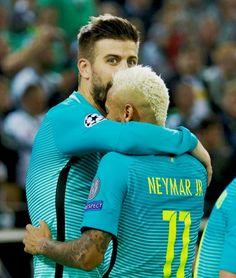 Neymar and Piqùe Neymar Pic, Lionel Messi, Fc Barcelona, Role Models, Soccer, Seasons, Guys, Sports, Jr